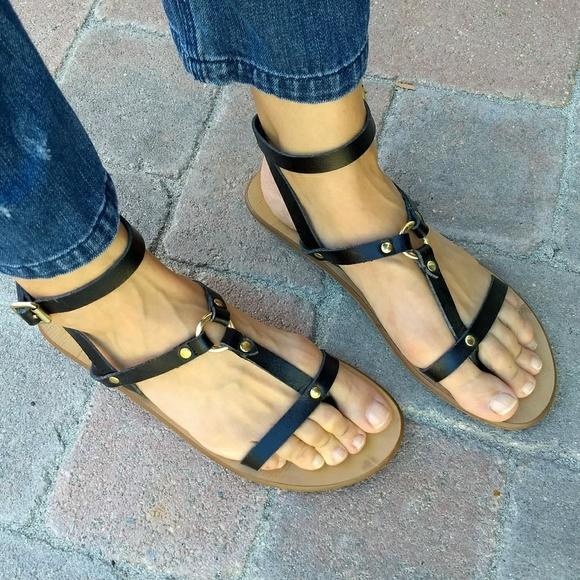 93a18ecb5 ALDO Shoes - Aldo Black Leather Flat T-Strap Sandals Size 9